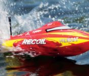 "RC Boat Review: Pro Boat Recoil 17"" Deep V"