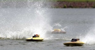 How To: Get Into Model Boat Racing