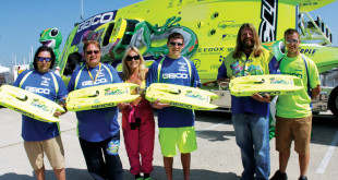 Pro Boat Miss Geico Exhibition